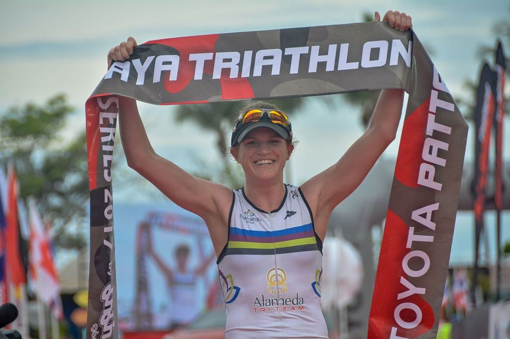 Thanyapura Pro Triathlon Team's Eimear Mullan Won 1 st Place at the Toyota Pattaya Triathlon Tour Series 2017