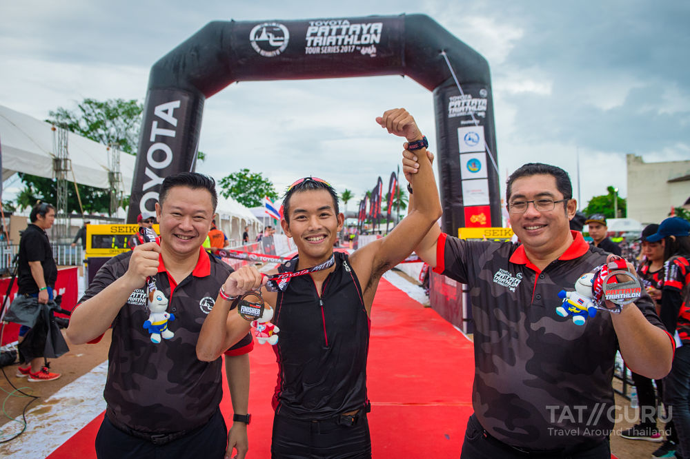 hanyapura Pro Triathlon Team's Eimear Mullan Won 1 st Place at the Toyota Pattaya Triathlon Tour Series 2017