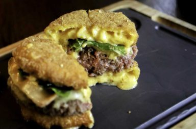 Cheesy Mac Attack at 25 Degrees Burgers, Wine & Liquor Bar